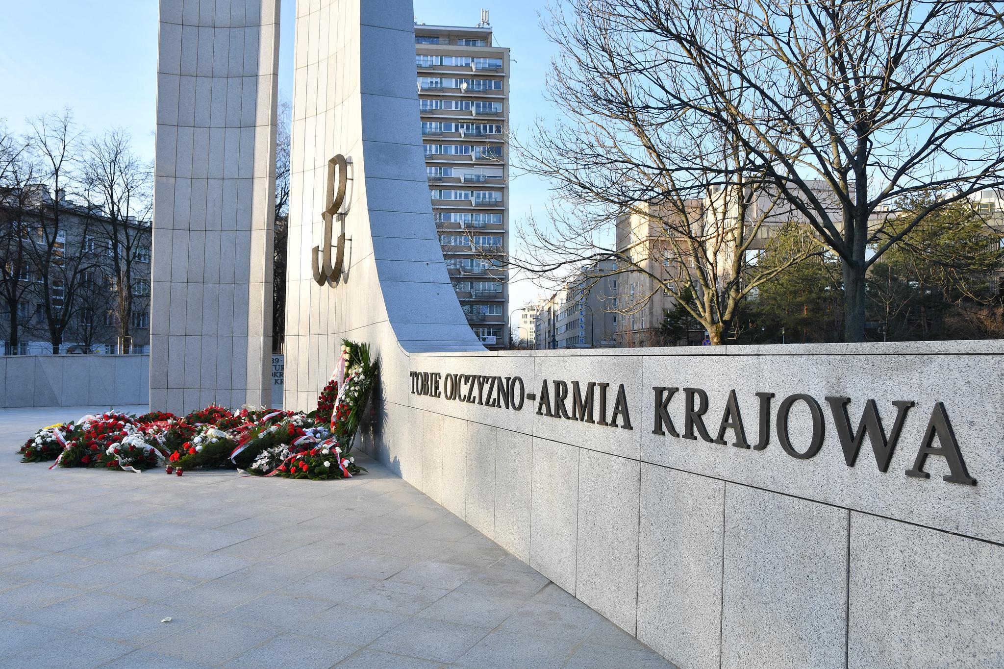 Kadr z obchodów 77. rocznicy powstania Armii Krajowej (fot. Łukasz Błasikiewicz/Kancelaria Sejmu/flickr.com/CC BY 2.0)
