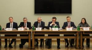 Posłowie kończą 80. posiedzenie Sejmu. W planach kolejne przesłuchania ws. VAT oraz wotum nieufności Anny Zalewskiej