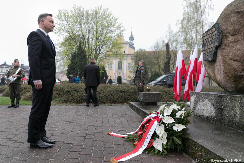 Andrzej Duda w czasie sprawowania oficjalnych obowiązków głowy państwa w Szamotułach w 2018 r. (fot. Jakub Szymczuk/KPRP/prezydent.pl)