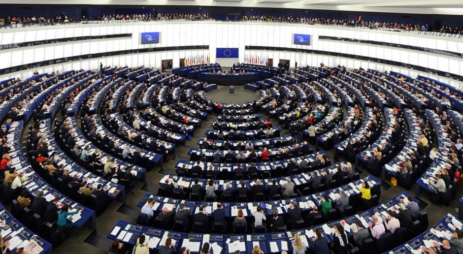 W niedzielę w południe spotkanie Tuska z liderami PE