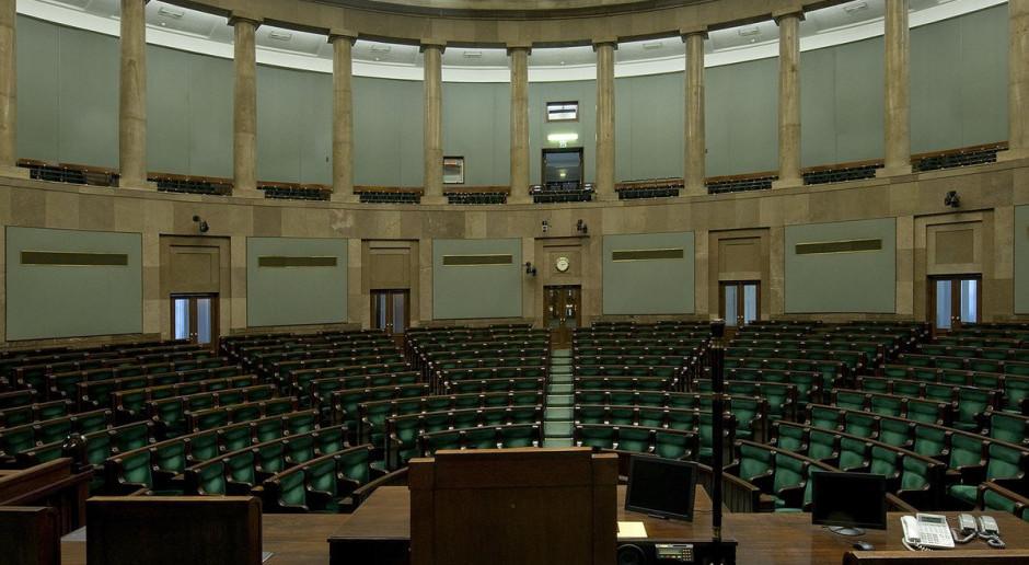 PKW zarejestrowała kolejne 13 komitetów wyborczych