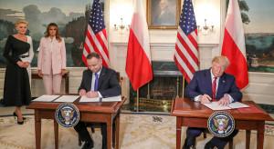 Polacy w ocenie stosunków z USA liczą głównie na korzyści gospodarcze