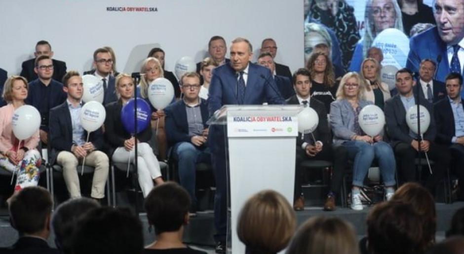 Schetyna: Polki i Polacy, ostrzegam: Kaczyński idzie po wasze pieniądze