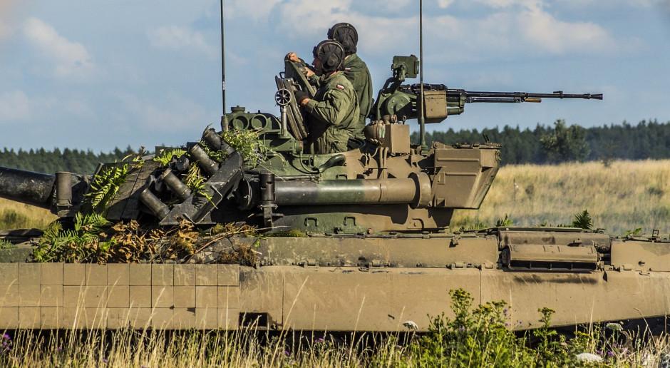 MON: doniesienia o wyprowadzeniu wojsk na ulice i zamykaniu miast to fake newsy