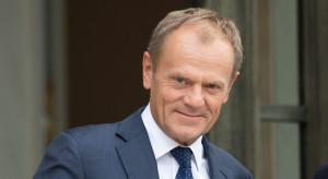 Donald Tusk zbierał podpisy dla Rafała Trzaskowskiego