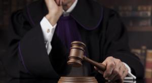 Krótkie terminy rozpraw, sądy bliżej ludzi. Wchodzą w życie nowe przepisy