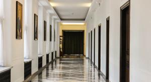 Sejmowa komisja skarbu negatywnie o wniosku o odwołanie Sasina
