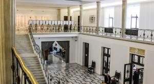 Kluby parlamentarne w mniejszych składach na czwartkowym posiedzeniu Sejmu