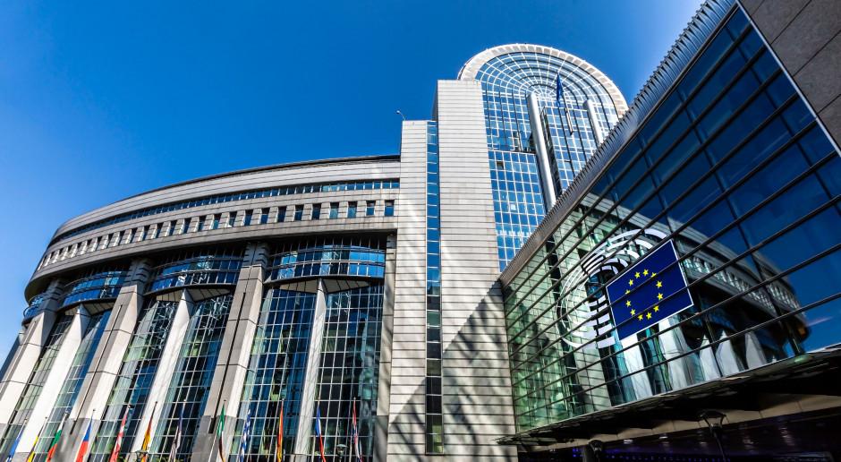 W PE o mechanizmie praworządności; większość krytykuje niemiecki kompromis