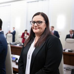 Małgorzata Jarosińska-Jedynak - Minister funduszy i polityki regionalnej - oceniaj pracę rządu