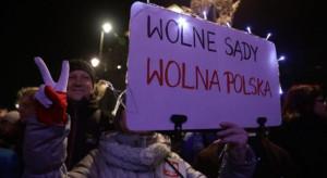 W całej Polsce protesty po zawieszeniu sędziego