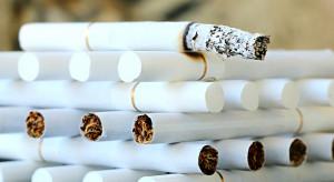 Nowela podnosząca akcyzę na alkohol i tytoń wróci do senackiej komisji budżetu