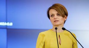 Emilewicz chce przekonać opozycję do wspólnego apelu do protestujących