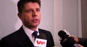 Petru: rozpowszechnianie informacji o długach partii skończy się pozwem