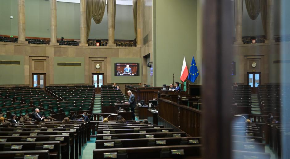 Lewica, Koalicja Polska i Konfederacja: projekt PiS wprowadzi bezkarność władzy