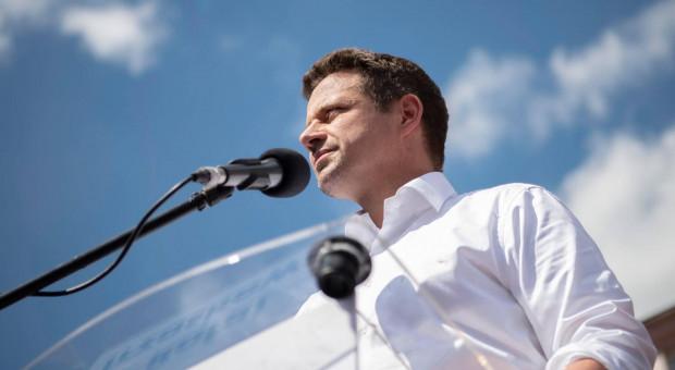 Trzaskowski: Ten rząd i prezydent kompletnie sobie nie radzą