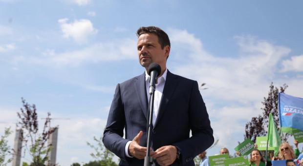 Trzaskowski: Apeluję do prezydenta, by namówił prezesa TVP do debaty trzech telewizji