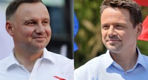 Na podstawie danych PKW z 99,98 proc. obwodów: Andrzej Duda - 51,12 proc., Rafał Trzaskowski - 48,88 proc.