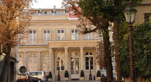 We Francji w II turze wyborów prezydenckich zagłosowało już 7 tys. osób