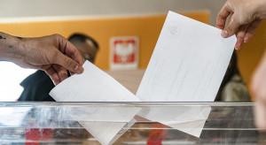 Nowy sondaż wyborczy. Złe wiadomości dla Konfederacji