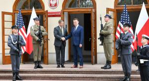 Sekretarz McCarthy: wojska USA w Polsce zwiększają potencjał NATO