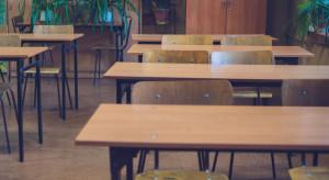 Kiedy nauczanie mieszane lub zdalne? Rząd chce dać jasne wytyczne