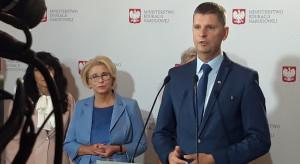 Minister zaprasza dzieci do szkół, ale subwencji nie podwyższy