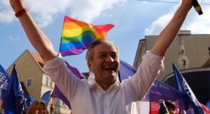 Biedroń zaapelował do Trzaskowskiego o przyspieszenie realizacji Deklaracji LGBT