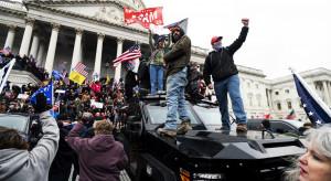 """Światowi przywódcy reagują na zamieszki w USA. Andrzej Duda: """"To wewnętrzna sprawa"""""""