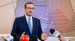 Blisko połowa Polaków nie popiera premiera