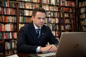 Trzaskowski: rząd chce wyłączyć metropolie z pomocy unijnej