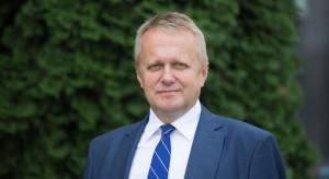 Jak kształcić polską młodzież. Katechizm i patriotyzm, ale bez ideologii