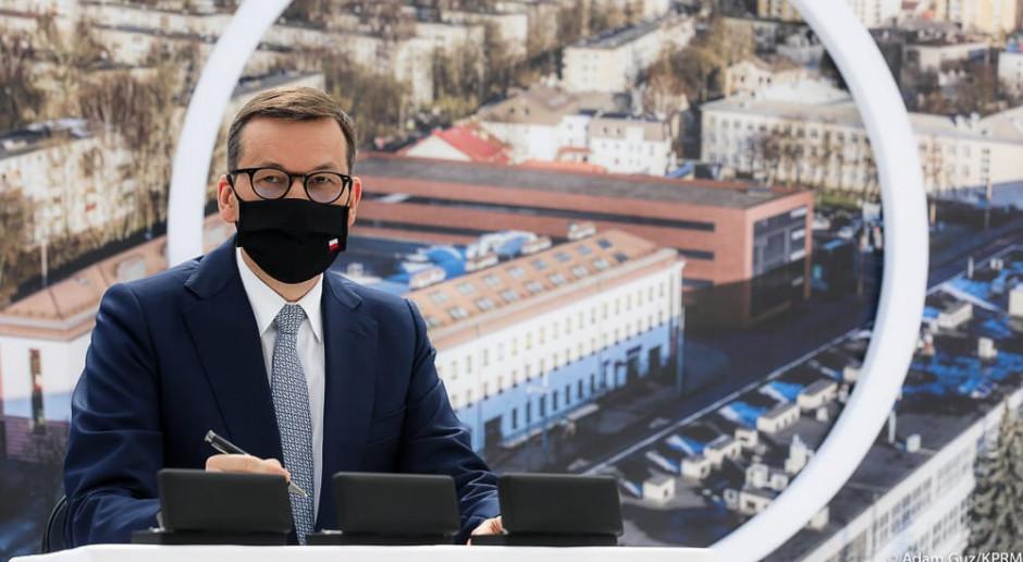 Premier Morawiecki wrócił do kraju z wizyty w Wilnie