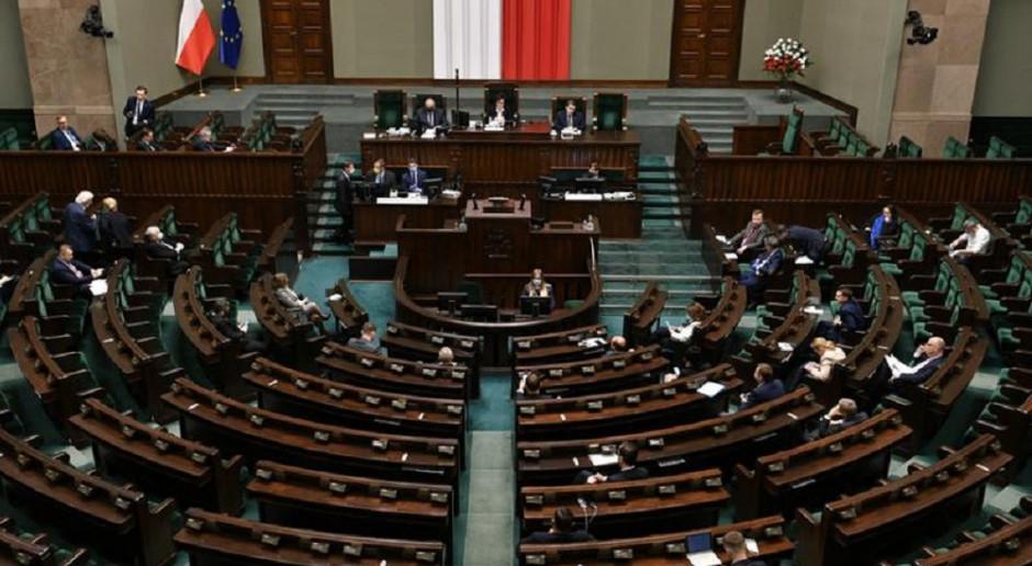 Sondaż wPolityce.pl: Zjednoczona Prawica - 33 proc., Polska 2050 - 23 proc. Koalicja Obywatelska - 16 proc.