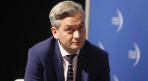 Biedroń o możliwym powrocie Tuska: będzie to zagrożenie dla Rafała Trzaskowskiego