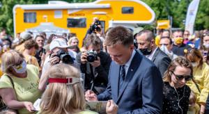 """Hołownia zapowiada objazd wszystkich powiatów w ramach letniej kampanii """"Poznajmy się"""""""