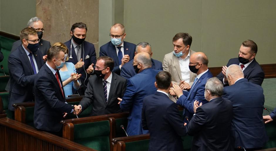 Wniosek o wotum nieufności wobec Mariusza Kamińskiego odrzucony
