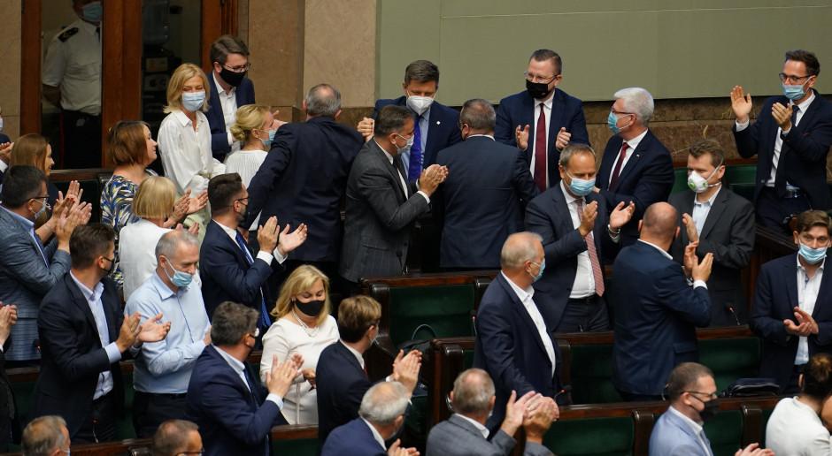Wotum nieufności: Sejm nie odwołał szefa KPRM Michała Dworczyka