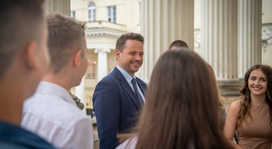 """Trzaskowski dla """"Gazety Wyborczej"""": Rządzący próbują zniszczyć samorząd"""
