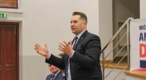 Rozpoczęła się debata nad wnioskiem o wotum nieufności wobec Przemysława Czarnka