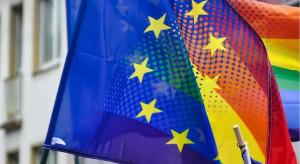 Uchwały antyLGBT i unijne pieniądze. Pięć regionów może mieć problem