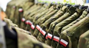 Zakaz noszenia mundurów przez uczestników zgromadzeń. Jest projekt MON