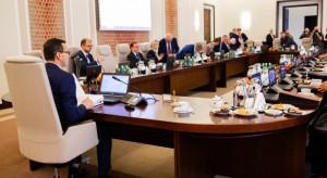 Rząd rozpoczął obrady; zajmie się m.in. zmianami podatkowymi w Polskim Ładzie