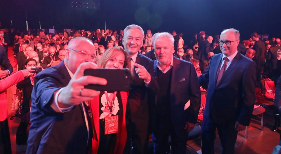 Biedroń: Liderzy i liderki Lewicy będą na manifestacji w obronie Polski w UE