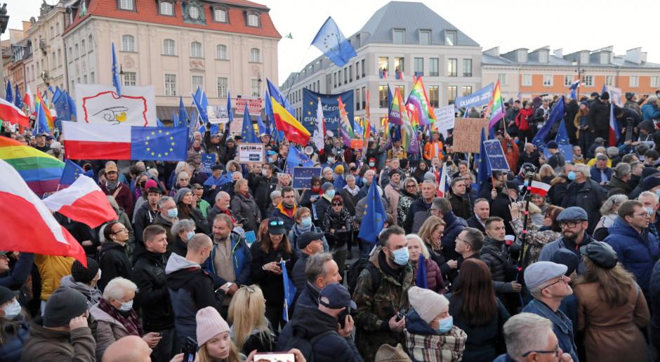 Tusk: Dobrze wiemy, dlaczego oni chcą wyjść z UE - żeby gwałcić prawa obywateli i zasady demokracji