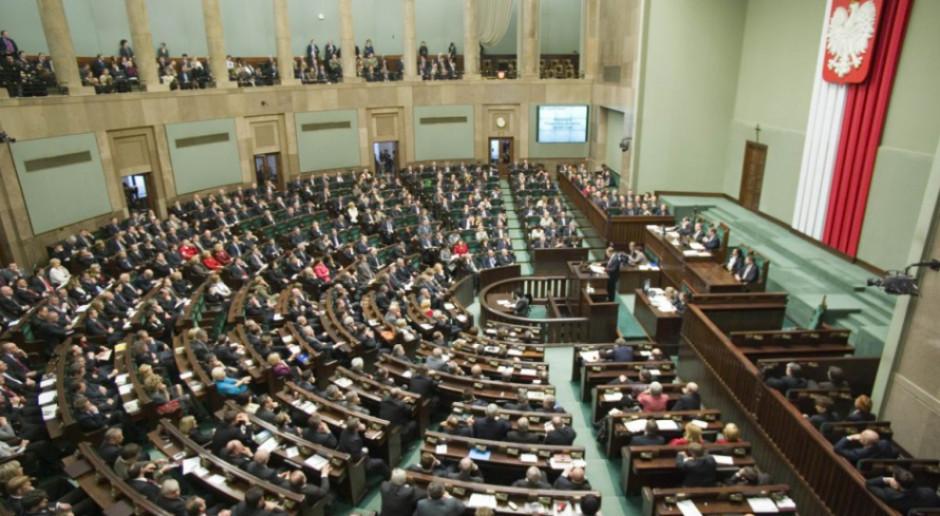 Sondaż: Zjednoczona Prawica z 32-procenowym poparciem, druga Koalicja Obywatelska