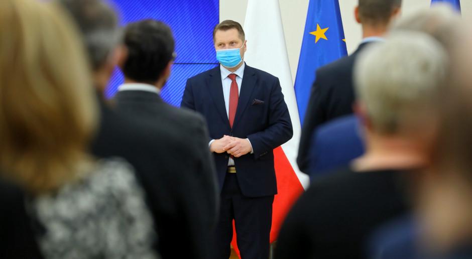 Przemysław Czarnek podziękował nauczycielom za trudny rok