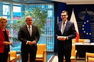 Morawiecki: odrzucam język gróźb, pogróżek i wymuszeń; nie zgadzam się na to, by politycy szantażowali i straszyli Polskę